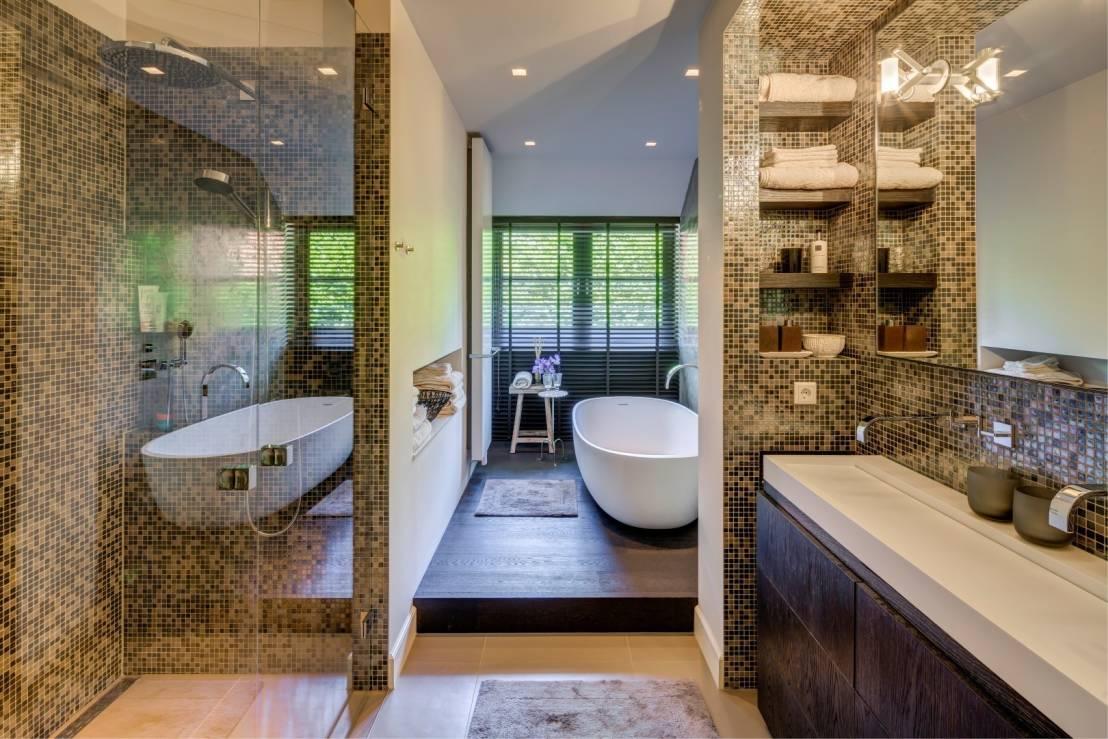 Mozaiek steentjes badkamer