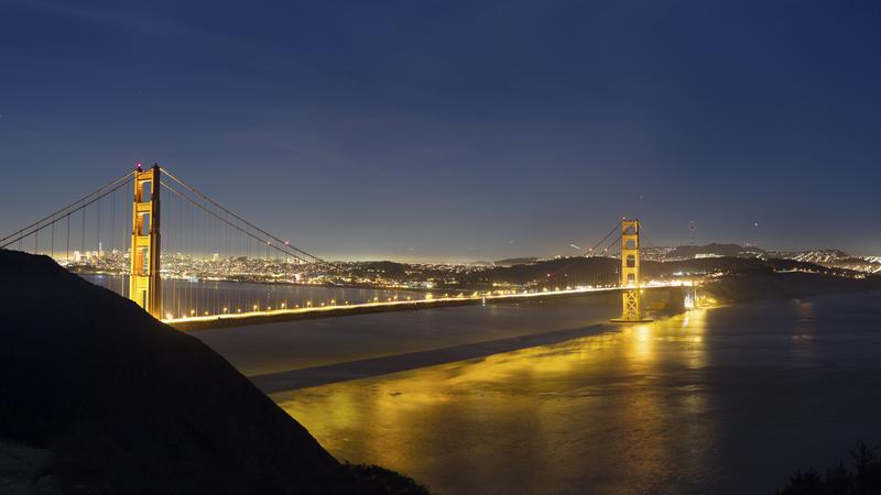 GoldenGateBridgeAtNight